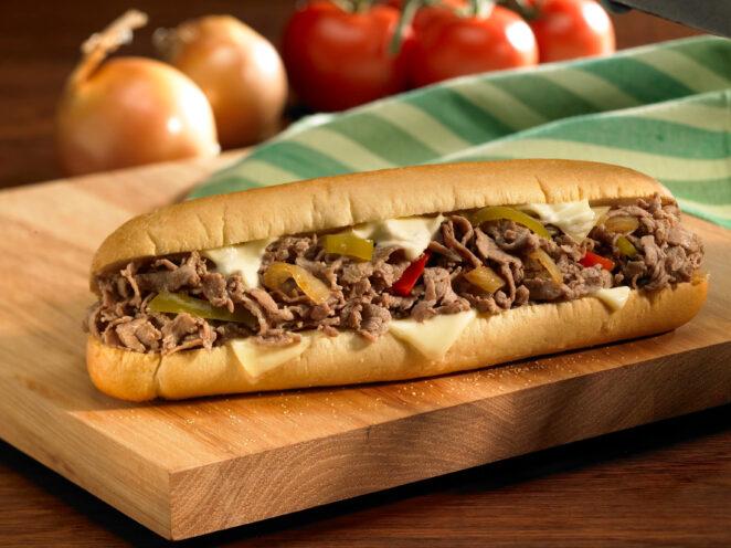 5 любимых сэндвичей Америки, которые придумали почти 100 лет назад!
