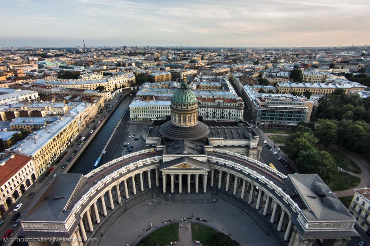 Санкт-Петербург был переименован 3 раза за 100 лет.