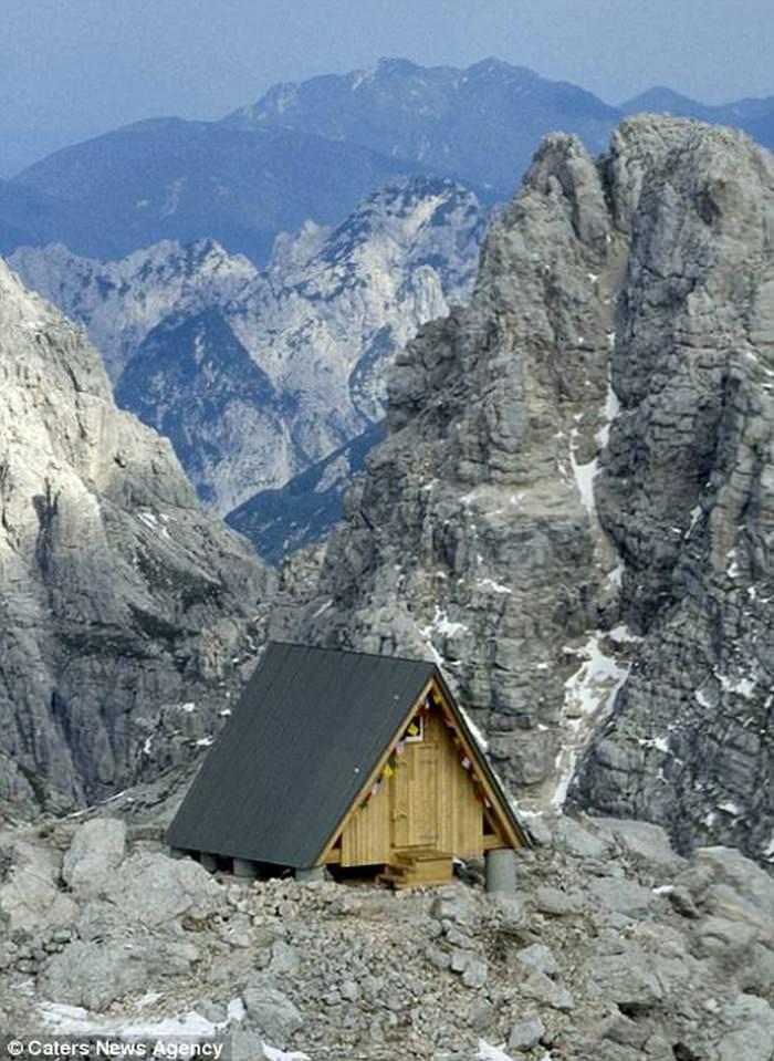Бесплатный отель с видом на Альпы