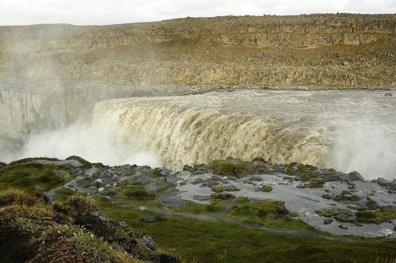 Деттифосс, Исландия - самый большой водопад в Европе