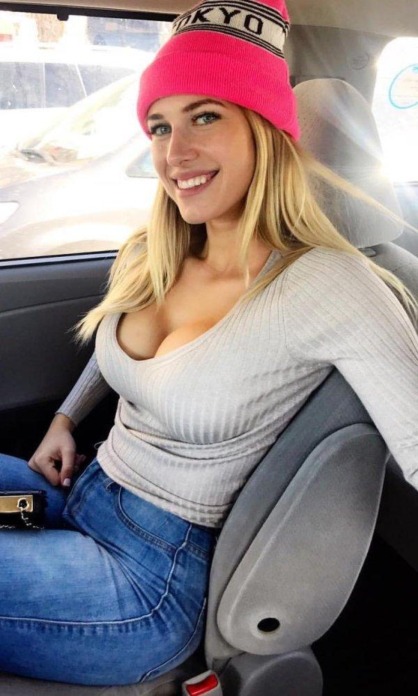 Красивые селфи в автомобиле (32 фото)