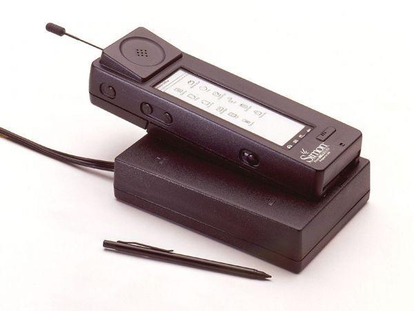 IBM Simon - первый смартфон в мире