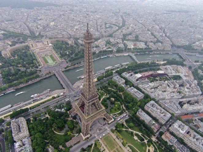 20 интересных фактов о Эйфелевой башне в Париже, которые вы не знали