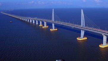 Мост Гонконг-Чжухай-Макао - самый длинный автомобильный мост в мире
