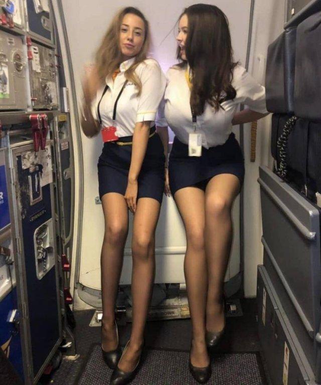 Девушки с длинными ногами (52 фото)