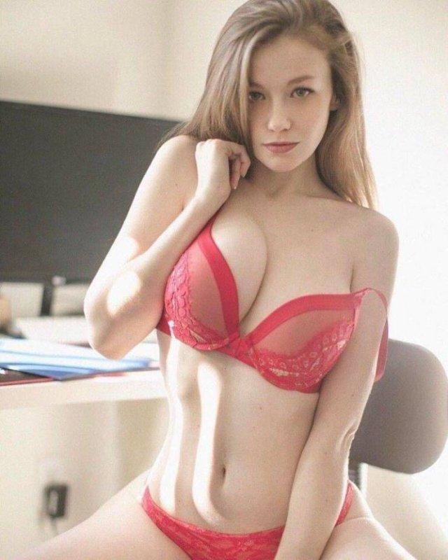Красивые девушки в нижнем белье (59 фото)