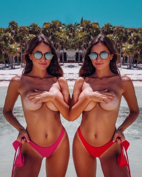 Девушки прикрывают грудь Handbras (38 фото)