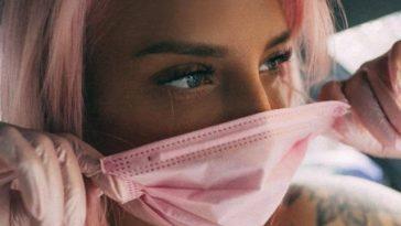 Горячие красивые девушки в масках спасут нас от коронавируса (28 фото)