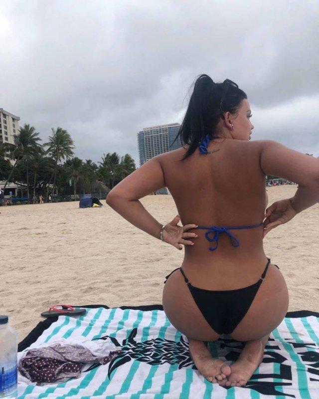 Ренер Грейси: Известная автогонщица стала порноактрисой (18 фото)