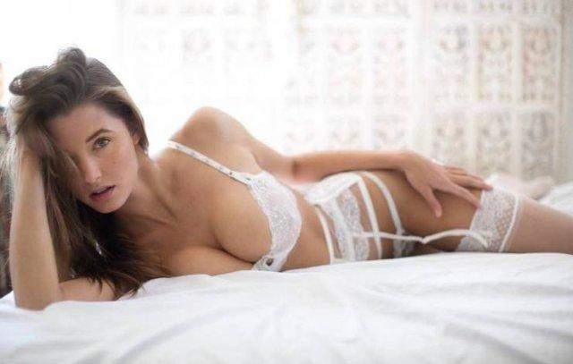 Красивые девушки в нижнем белье (50 фото)
