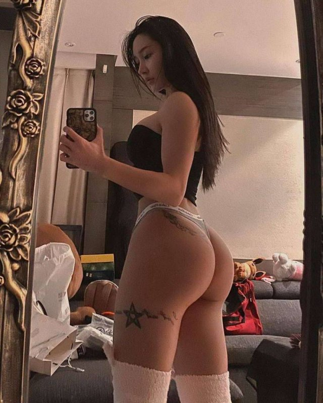 Милые азиатские девушки (50 фото)