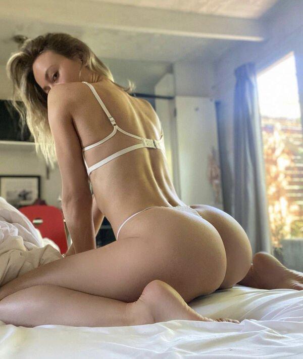 Сексуальные девушки в нижнем белье (49 фото)