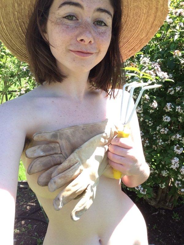 Красивые привлекательные девушки с веснушками (35 фото)