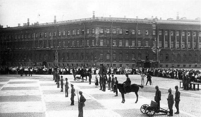 Киберспорт начала ХХ века, «человеческие шахматы» в СССР.