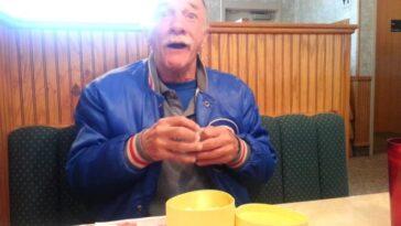 Папа, ты будешь дедушкой - трогательная реакция мужчины