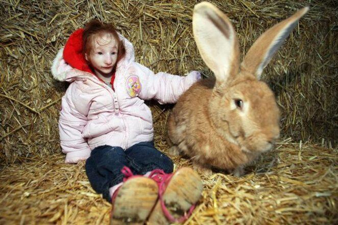 Шарлотта Гарсайд - Самая маленькая в мире девочка из Англии