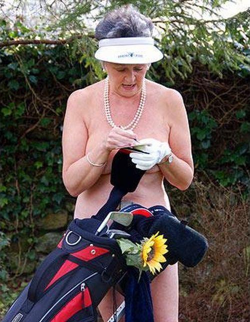 Эротический календарь дома престарелых. Что творится?