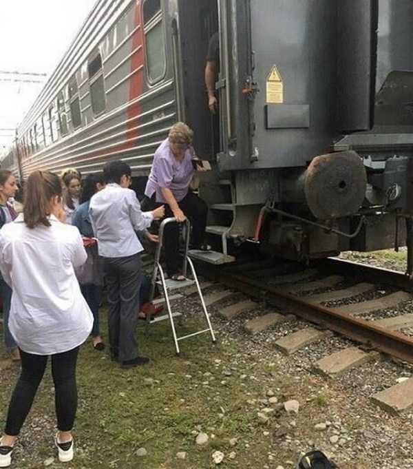 Смешные картинки: Это могло произойти только в России (64 фото)