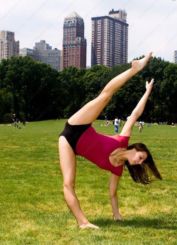 Очень гибкие девушки. Горячие и невероятные (38 фото)