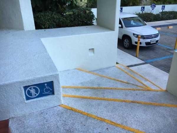 36 очень странных дизайнов лестниц