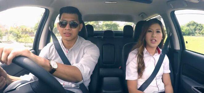 Мужчины утверждают, что женщины не умеют водить машину. Тогда пора преподать им урок на всю жизнь